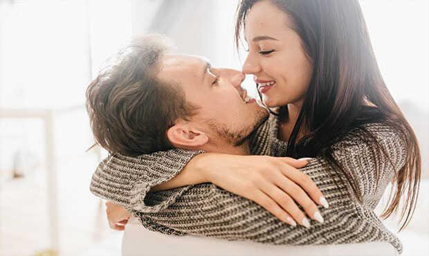 Read more about the article น้ำลายเสี่ยงติดเอดส์ มีโอกาสสูงแค่ไหนสำหรับการจูบกัน